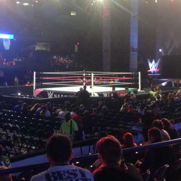 Allstate Arena, secção: 112, fila: D, lugar: 1