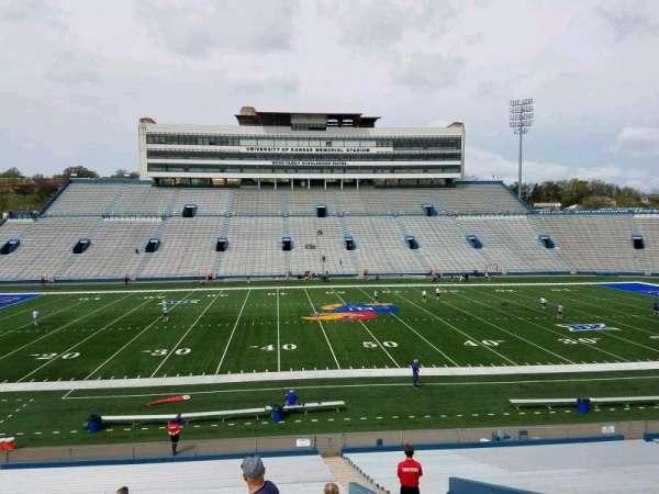David Booth Kansas Memorial Stadium, secção: 23, fila: 33, lugar: 5