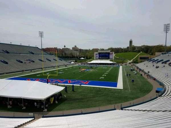 David Booth Kansas Memorial Stadium, secção: 12, fila: 30, lugar: 35