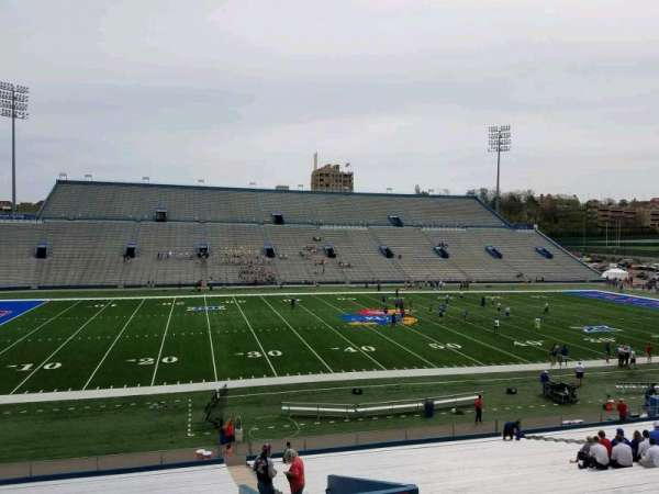 David Booth Kansas Memorial Stadium, secção: 8, fila: 35, lugar: 4