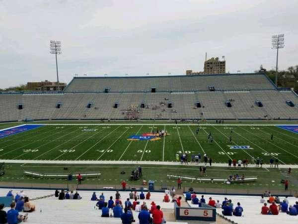 David Booth Kansas Memorial Stadium, secção: 6, fila: 42, lugar: 3