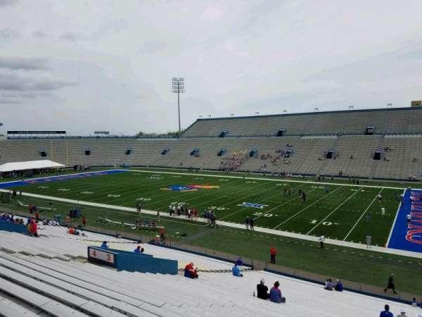 David Booth Kansas Memorial Stadium, secção: 3, fila: 39, lugar: 5