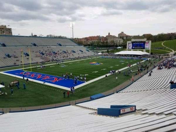 David Booth Kansas Memorial Stadium, secção: 11, fila: 40, lugar: 10