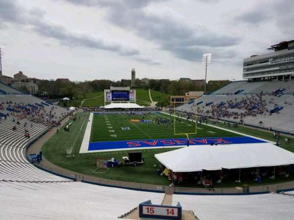 David Booth Kansas Memorial Stadium, secção: 14, fila: 42, lugar: 2