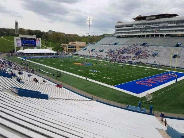David Booth Kansas Memorial Stadium, secção: 17, fila: 40, lugar: 5
