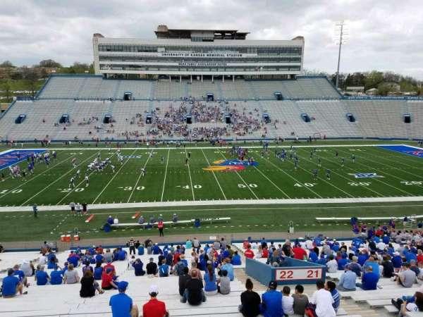 David Booth Kansas Memorial Stadium, secção: 22, fila: 42, lugar: 5