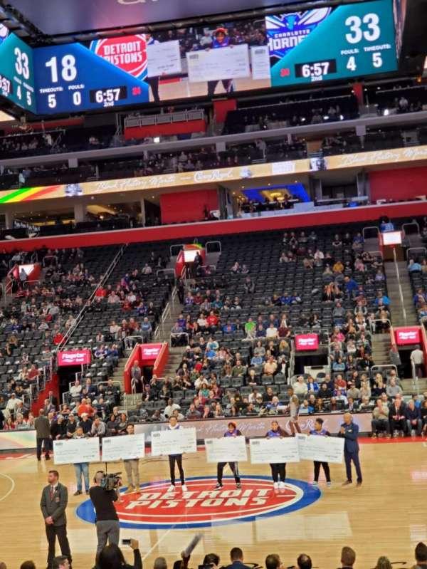 Little Caesars Arena, secção: 109, fila: 6, lugar: 2