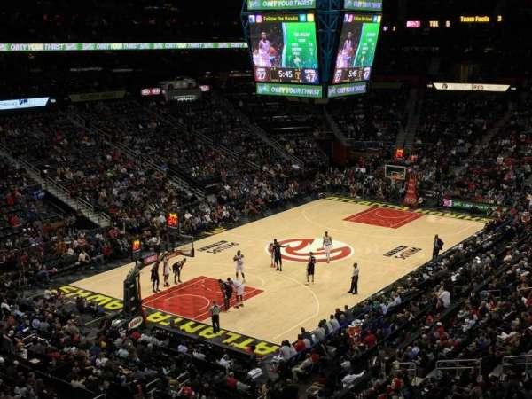 State Farm Arena, secção: 315, fila: D, lugar: 3