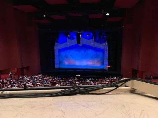 San Diego Civic Theatre, secção: MEZZR1, fila: O, lugar: 14
