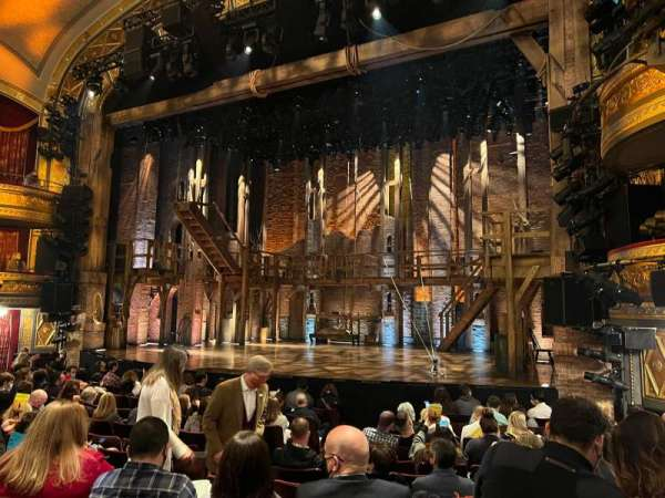Richard Rodgers Theatre, secção: Orchestra R, fila: L, lugar: 14
