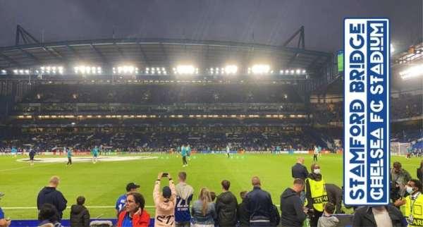 Stamford Bridge, secção: East Lower North, fila: K, lugar: 135