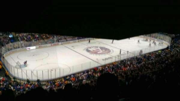 Old Nassau Veterans Memorial Coliseum, secção: 307, fila: S, lugar: 11