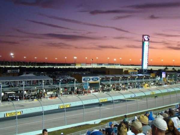 Homestead-Miami Speedway, secção: 249, fila: 32, lugar: 5