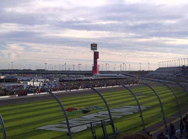 Daytona International Speedway, secção: Campbell Box K, fila: 14