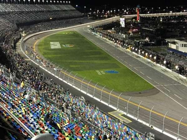 Daytona International Speedway, secção: 477, fila: 23, lugar: 11
