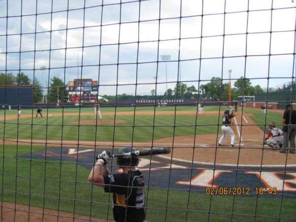 Davenport Field, secção: 106, fila: 1