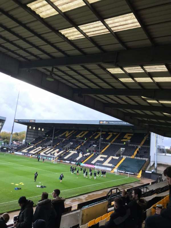 Meadow Lane, secção: Away end
