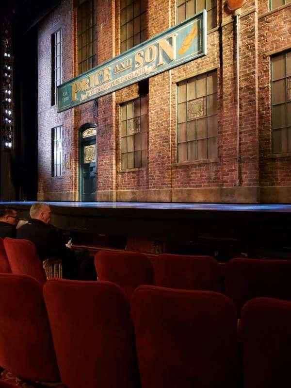 Al Hirschfeld Theatre, secção: Orchestra R, fila: D, lugar: 10