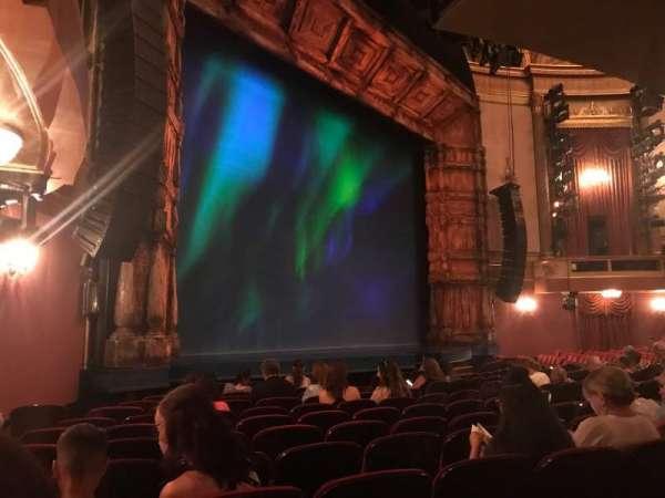 St. James Theatre, secção: Orchestra L, fila: L, lugar: 29