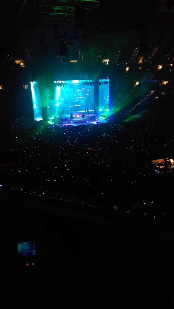 PNC Arena, secção: 229, fila: B, lugar: 13