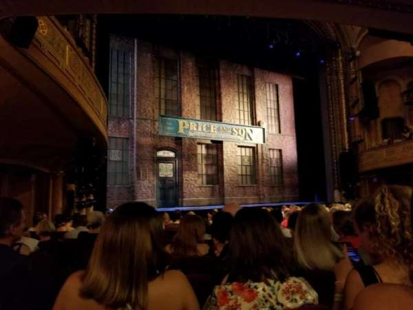 Al Hirschfeld Theatre, secção: Orchestra L, fila: O, lugar: 17