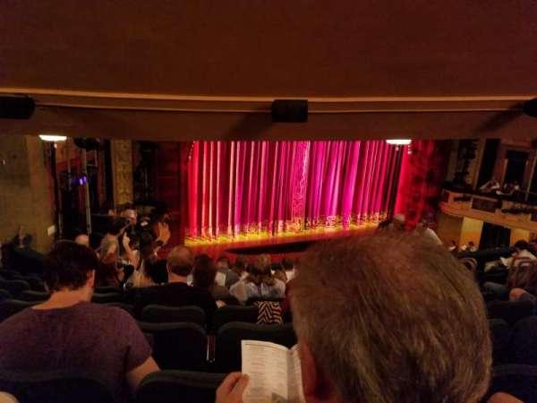 Shubert Theatre, secção: Mezzanine L, fila: J, lugar: 17