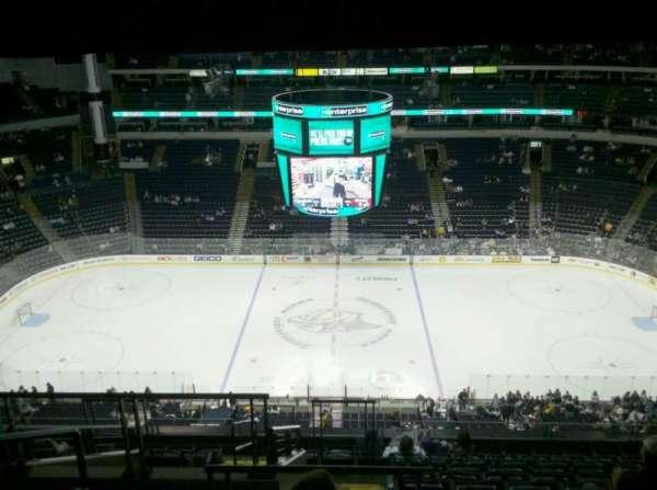 Bridgestone Arena, secção: 326, fila: M, lugar: 19