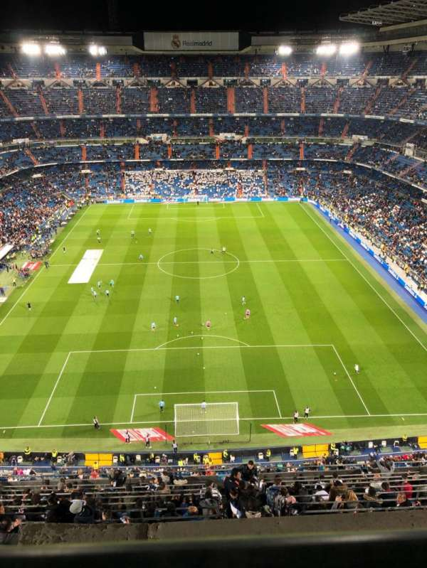Santiago Bernabéu Stadium, secção: 625, fila: 1, lugar: 24