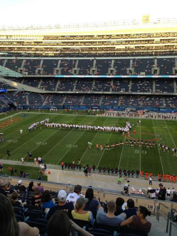 Soldier Field, secção: 338, fila: 14, lugar: 19