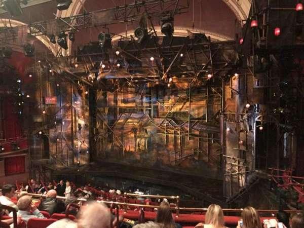 Broadway Theatre - 53rd Street, secção: Front Mezzanine R, fila: F, lugar: 7