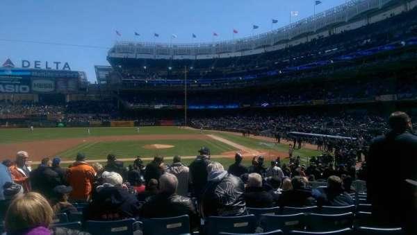 Yankee Stadium, secção: 123, fila: 13, lugar: 6