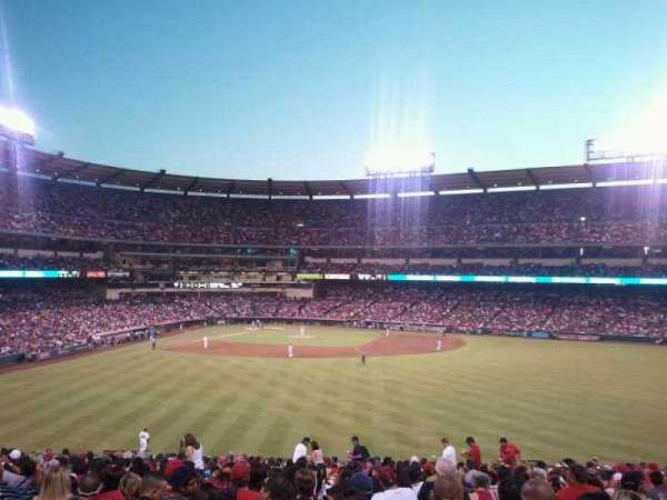 Angel Stadium, secção: P245