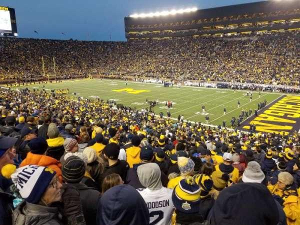 Michigan Stadium, secção: 18, fila: 47, lugar: 3