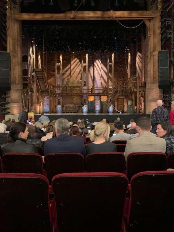 CIBC Theatre, secção: Orchestra C, fila: R, lugar: 108