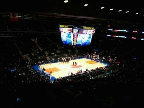 Madison Square Garden, secção: 208, fila: 13, lugar: 11