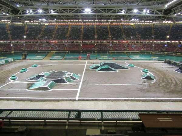 Principality Stadium, secção: U30, fila: 4, lugar: 22