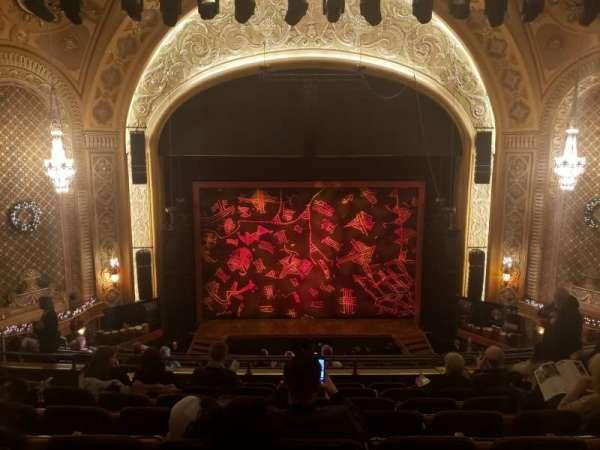 Paramount Theatre (Seattle), secção: M13, fila: H, lugar: 5