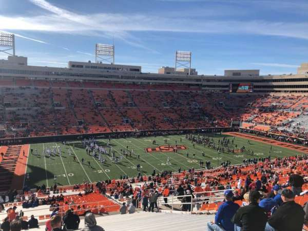 Boone Pickens Stadium, secção: 333, fila: 26, lugar: 12