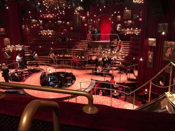 Imperial Theatre, secção: Mezz, fila: A, lugar: 1