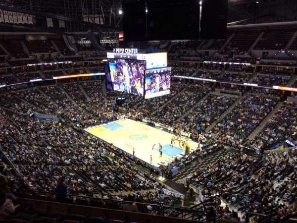 Ball Arena, secção: 332, fila: 12, lugar: 1