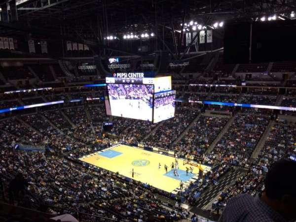 Ball Arena, secção: 334, fila: 12, lugar: 1