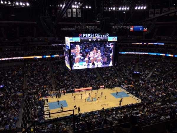 Ball Arena, secção: 346, fila: 10, lugar: 1