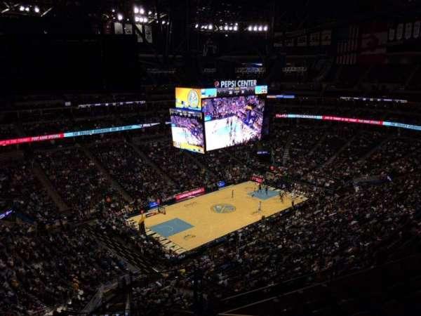 Ball Arena, secção: 352, fila: 12, lugar: 1