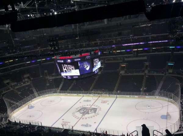 Staples Center, secção: 333, fila: 1, lugar: 11