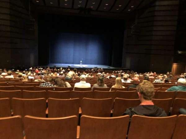 Bass Concert Hall, secção: O2, fila: Y, lugar: 121