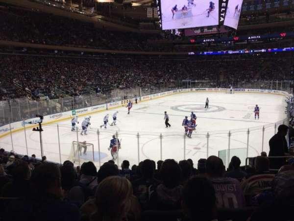 Madison Square Garden, secção: 103, fila: 14, lugar: 14