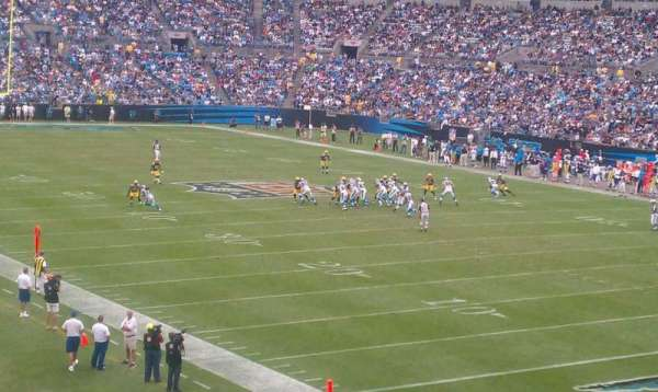 Bank of America Stadium, secção: 206, fila: 6, lugar: 2