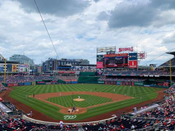 Nationals Park, secção: 214, fila: A, lugar: 5