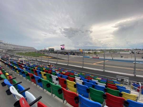 Daytona International Speedway, secção: 167, fila: 13, lugar: 1