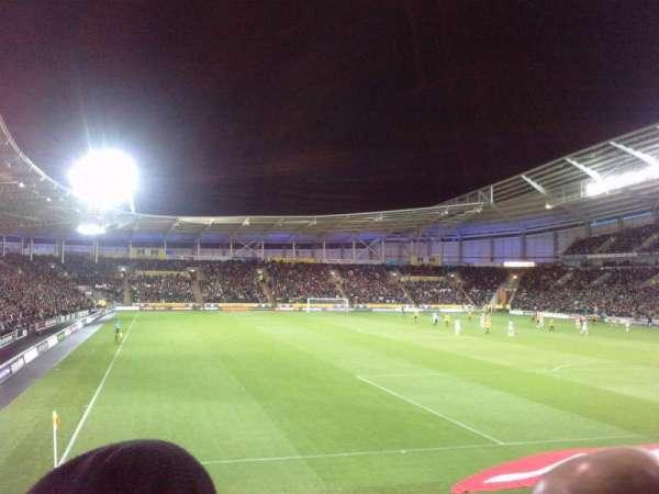 KCOM Stadium, secção: N6, fila: P, lugar: 0208